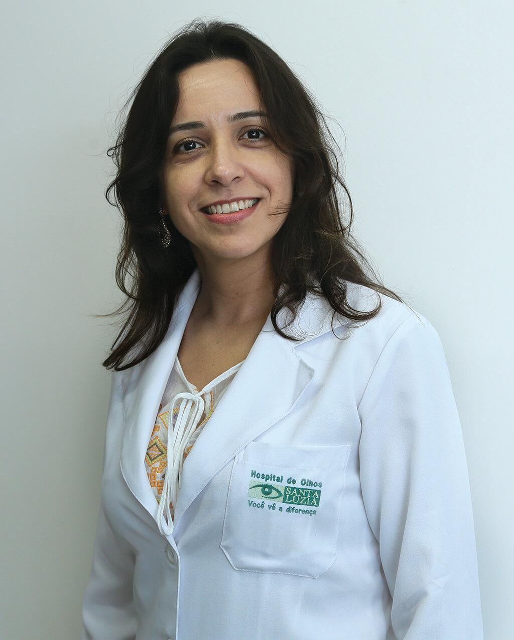 Flávia Carvalho (CRM 10993)